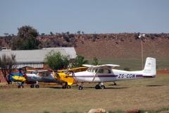 Aircraft_at_Baragwanath_Johannesburg_16_October_2011