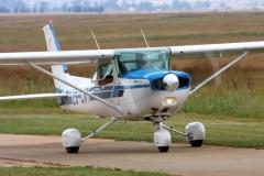 JLPC_2012_02_19_Baragwanath_ZS-CAT_Cessna_152