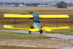 JLPC_2012_02_19_Baragwanath_ZS-UKW_Tiger_Moth-07