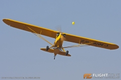Piper_Cub_Day_Baragwanath_ZS-AWJ_Balloon_popping