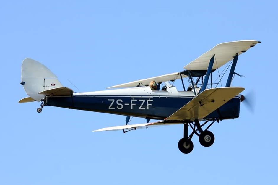 Tiger Moth: ZS-FZF