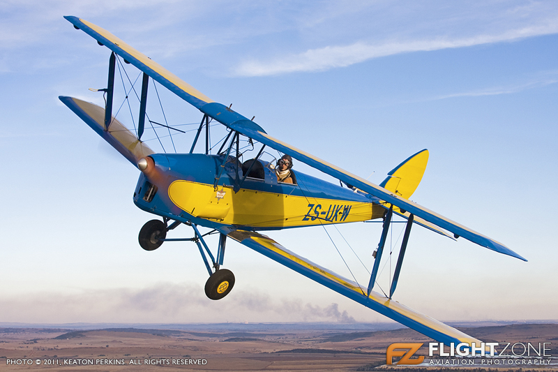 Tiger Moth: ZS-UKW